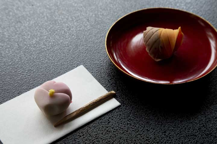 Mochi-like dessert, wagashi eaten in Obama City.